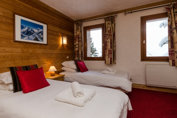 Downstairs twin at Chalet Chamois, La Plagne