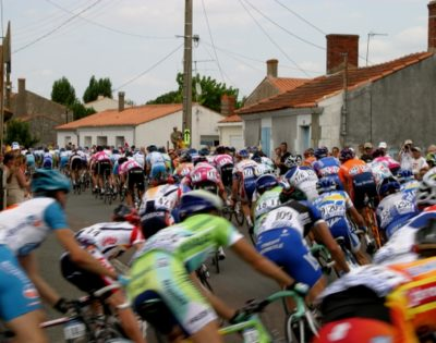 Tour de France passes through Bourg St Maurice