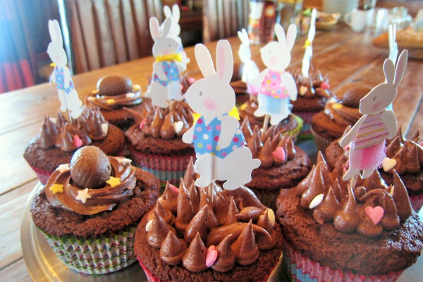 CHO5A Easter cupcakes