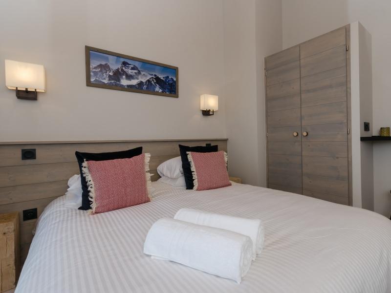 GRZ9 Bedroom 1