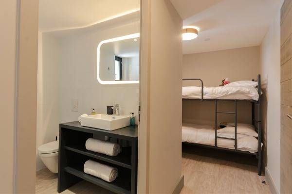 Chalet Bluebird Bathroom